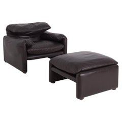 Vico Magistretti Armchair and Ottoman in Leather for Cassina, First Edition