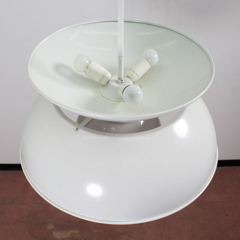 Vico Magistretti Artemide 1960 Modern Design Metal Cetra Hanging Lamp For Sale 10