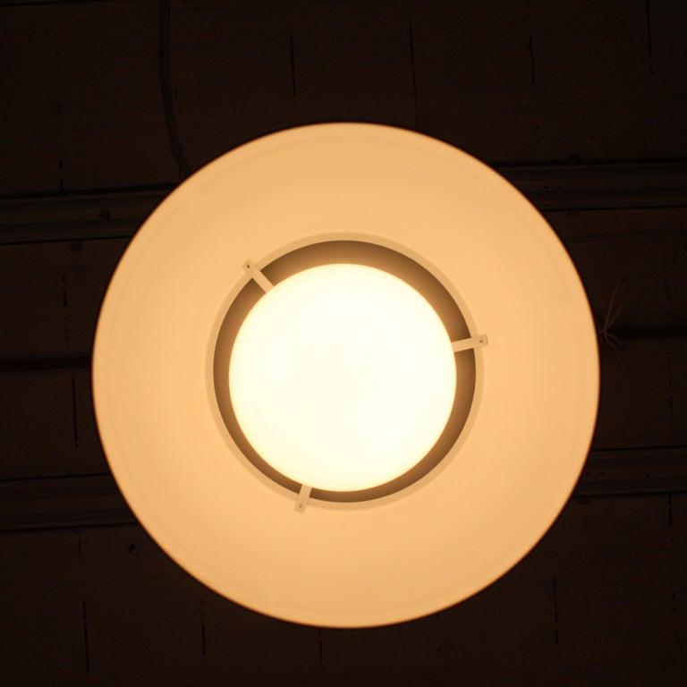 Mid-20th Century Vico Magistretti Artemide 1960 Modern Design Metal Cetra Hanging Lamp For Sale