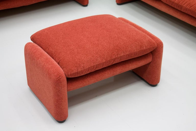 Vico Magistretti Living Room Set Maralunga Sofa and Stool Cassina, Italy, 1973 For Sale 1