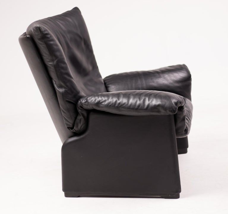 Italian Vico Magistretti Lounge Chair for Cassina For Sale