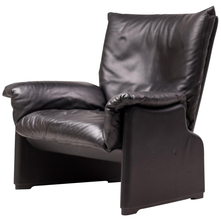 Vico Magistretti Lounge Chair for Cassina For Sale