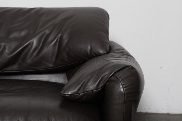 Vico Magistretti 'Maralunga' Brown Leather Sofa for Cassina, 1973, Italy For Sale 4