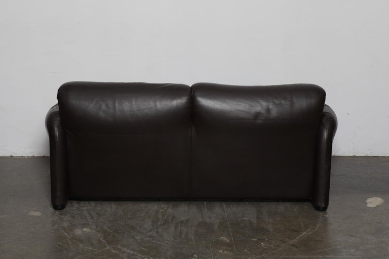 Vico Magistretti 'Maralunga' Brown Leather Sofa for Cassina, 1973, Italy In Good Condition For Sale In North Hollywood, CA