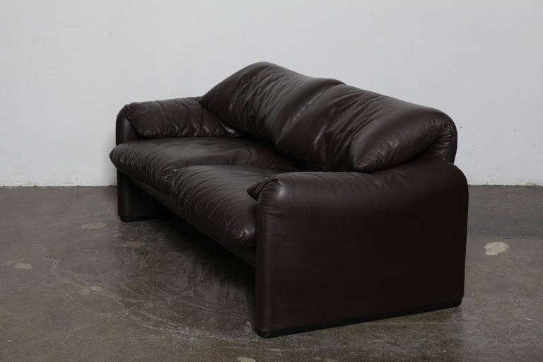 Vico Magistretti 'Maralunga' Brown Leather Sofa for Cassina, 1973, Italy For Sale 2