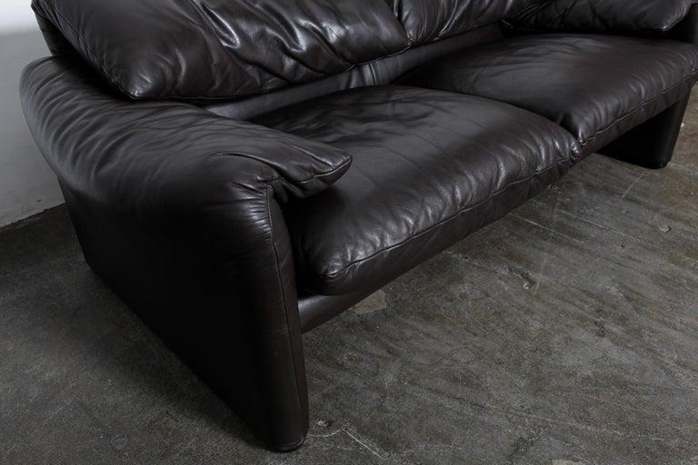 Vico Magistretti 'Maralunga' Brown Leather Sofa for Cassina, 1973, Italy For Sale 3