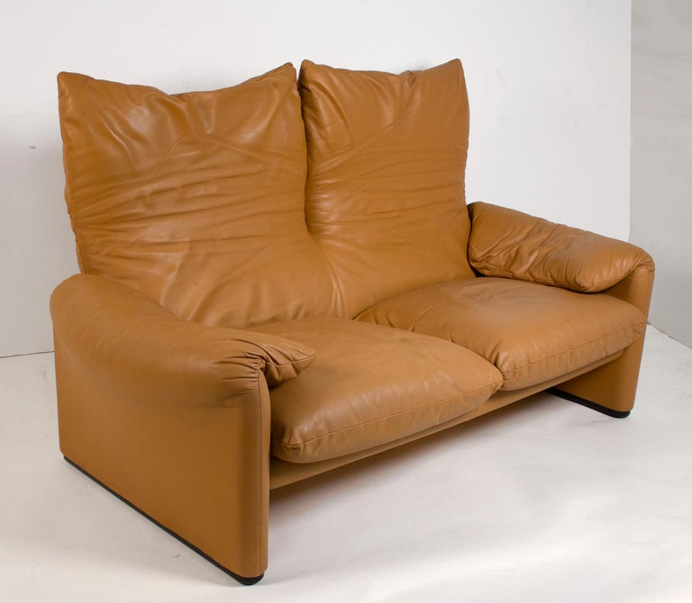 Mid-Century Modern Vico Magistretti Maralunga Sofas for Cassina in Leather