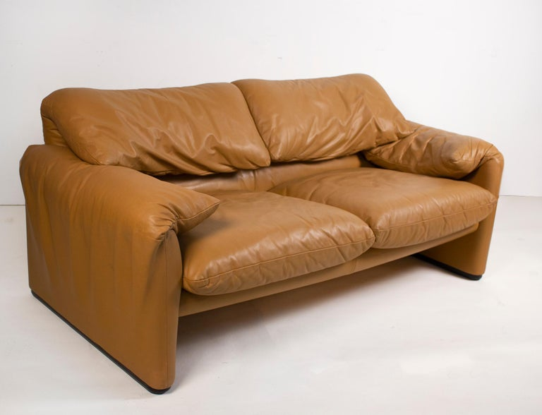 Vico Magistretti Maralunga Sofas for Cassina in Leather 1