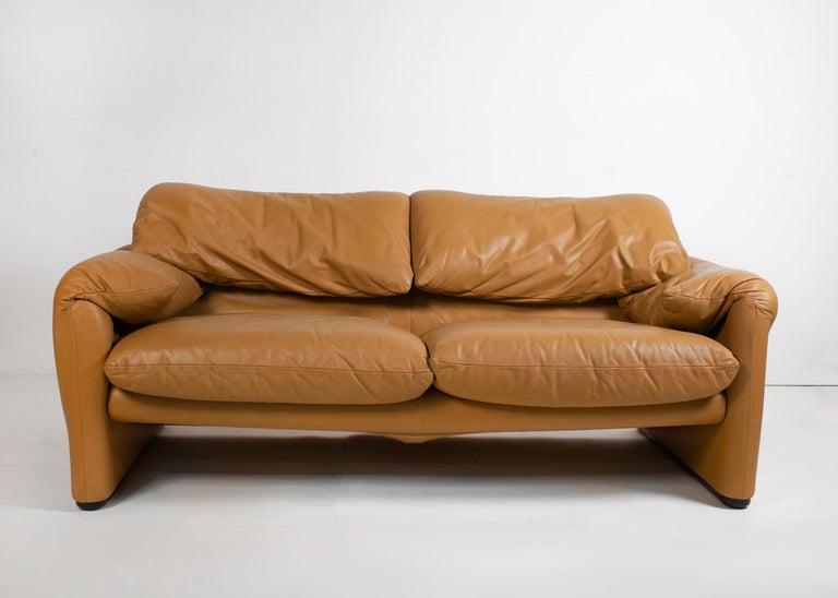 Vico Magistretti Maralunga Sofas for Cassina in Leather 2