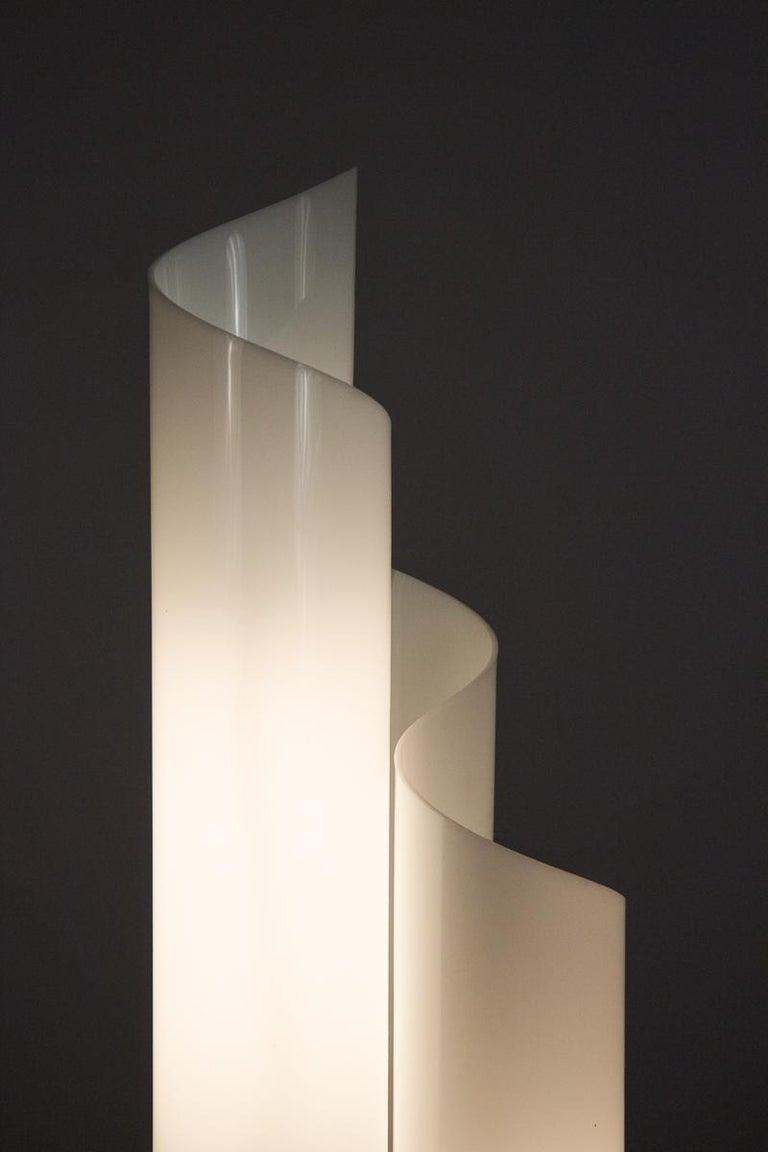 20th Century Vico Magistretti Mezzachimera Lamp For Sale
