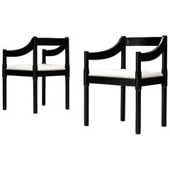 Vico Magistretti Pair of 'Carimate' Dining Chairs in Lacquered Beech