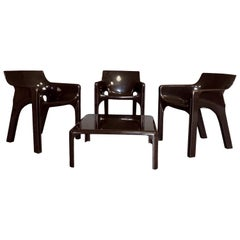 "Vico Magistretti Space Age Fiberglass ""Gaudì"" Living Room Set for Artemide, 1974"