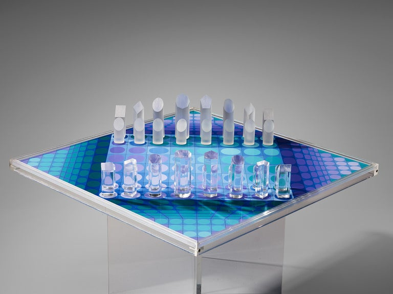 French Victor Vasarely Artistic Chess Set, 1979 For Sale