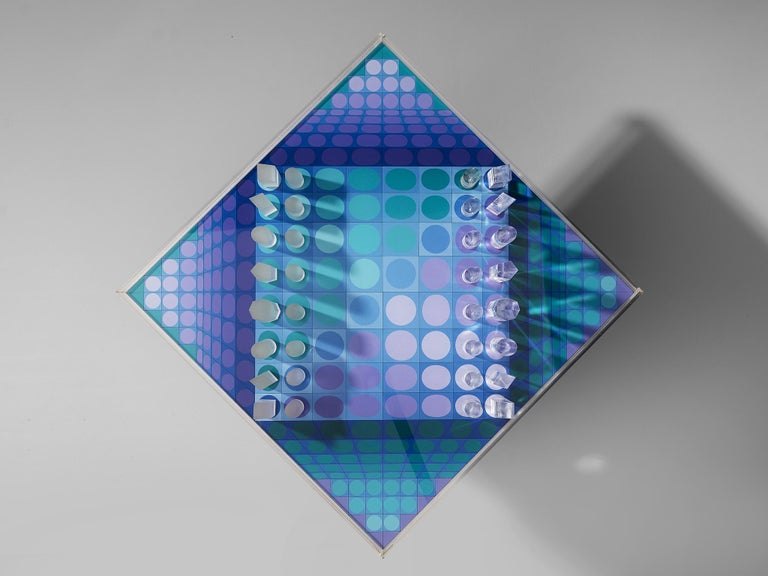 Plexiglass Victor Vasarely Artistic Chess Set, 1979 For Sale