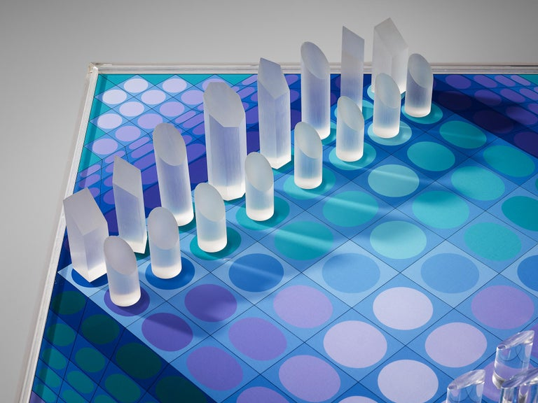 Victor Vasarely Artistic Chess Set, 1979 For Sale 1