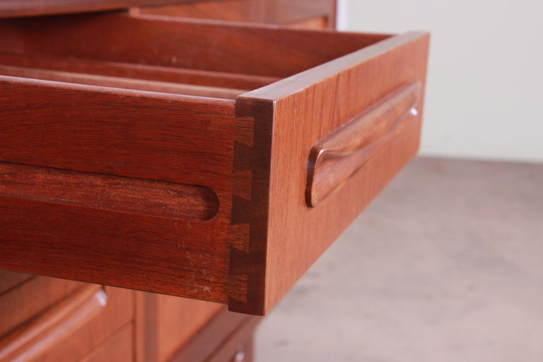 Victor Wilkins for G-Plan Danish Modern Teak Long Credenza, Newly Refinished For Sale 1