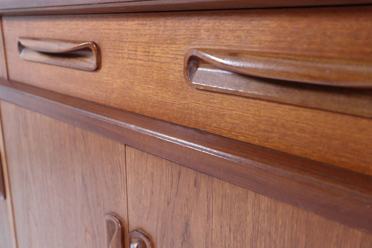 Victor Wilkins for G-Plan Teak and Afromosia Midcentury Credenza, England, 1960s For Sale 4