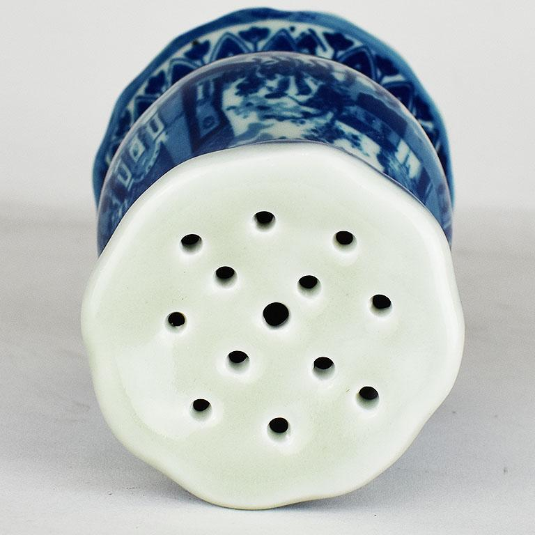 English Victoria Ironstone Staffordshire Transfer ware Hatpin Holder in Flow Blue For Sale