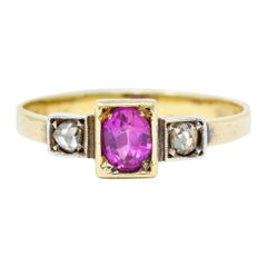 Victorian 0.60 Carat Ruby Diamond Platinum-Topped 18 Karat Gold Ring