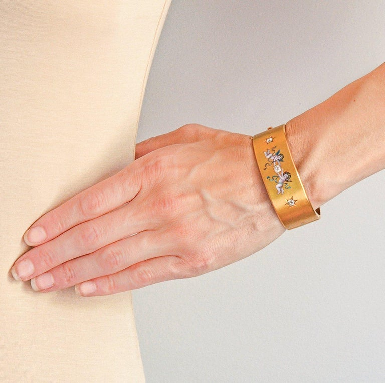 Victorian 1.25 Total Carat 3-Stone Diamond Enameled Cherubs Bangle Bracelet For Sale 2