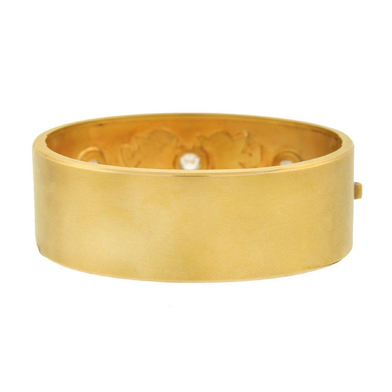 Cushion Cut Victorian 1.25 Total Carat 3-Stone Diamond Enameled Cherubs Bangle Bracelet For Sale