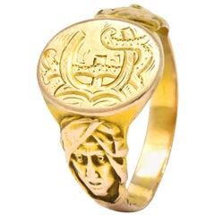 Victorian 14 Karat Gold Cloaked Wise Man Unisex Signet Ring