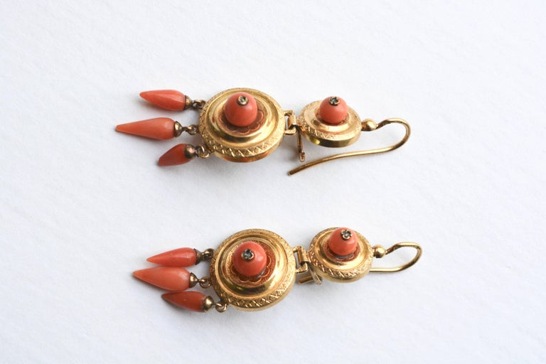 Victorian 14 Karat Coral Earrings In Good Condition For Sale In Roxbury, CT