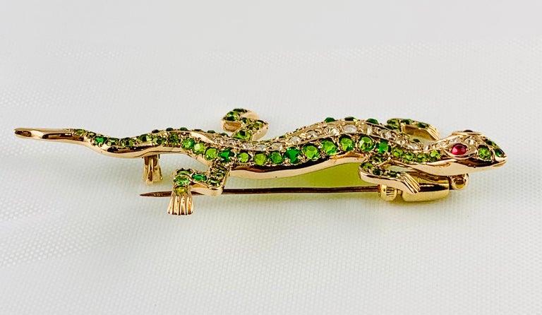 Victorian 14 Karat Yellow Gold Garnet Ruby and Diamond Lizard Brooch Pin For Sale 5