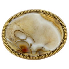 Victorian 15 Karat Gold Brooch or Pendant, with Natural Agate, circa 1880