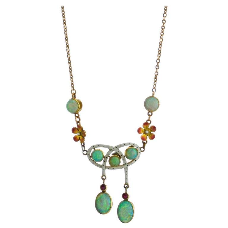 Art Nouveau 18 Karat Gold Opal Necklace, circa 1870s For Sale