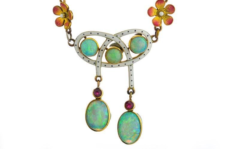 Women's Art Nouveau 18 Karat Gold Opal Necklace, circa 1870s For Sale