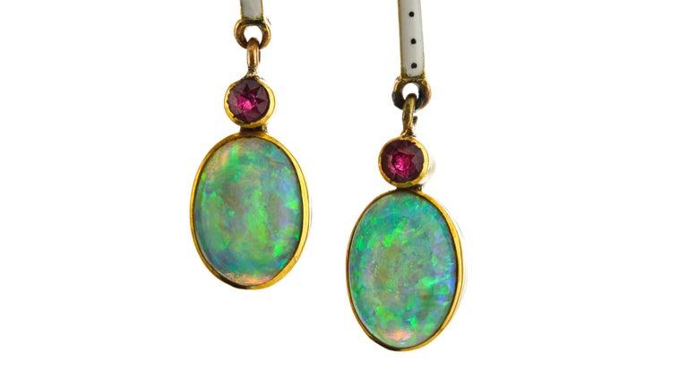 Art Nouveau 18 Karat Gold Opal Necklace, circa 1870s For Sale 1
