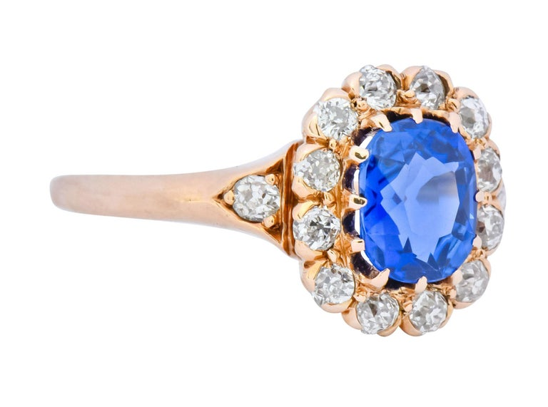Oval Cut Victorian 1.60 Carat No Heat Kashmir Sapphire Diamond 14 Karat Gold Ring AGL GIA