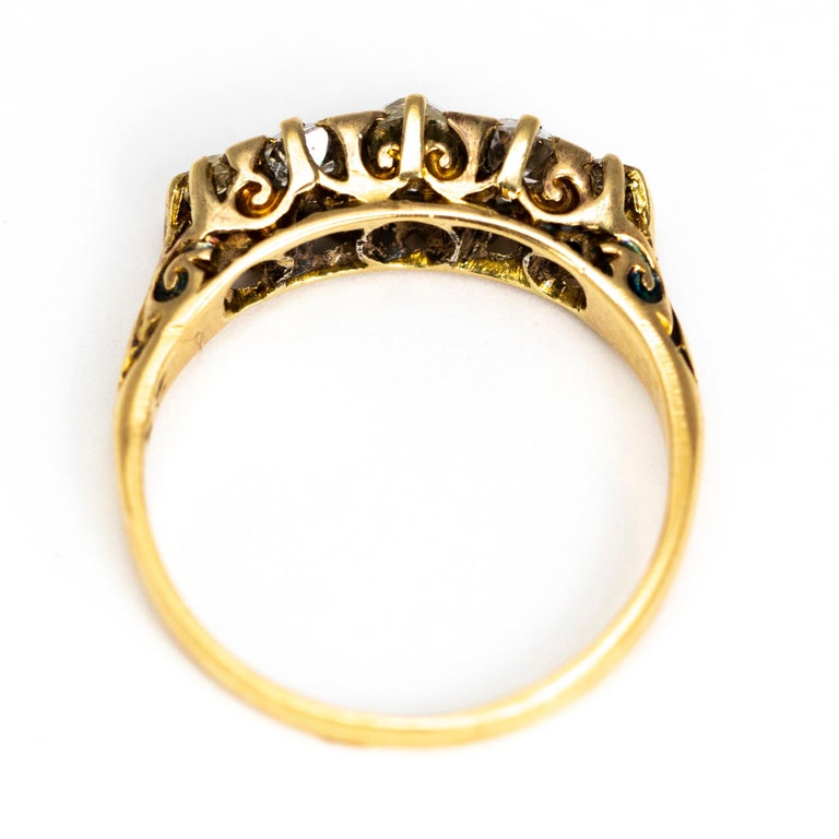 Victorian 18 Carat Yellow Gold Five-Stone 1 Carat Diamond Ring In Excellent Condition For Sale In Chipping Campden, GB