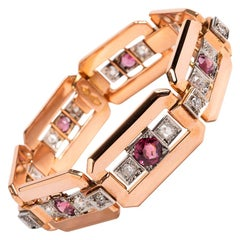 Victorian 18 Karat Gold Garnet Bracelet with 20 Old Cut Diamonds Est 1.8 Carat