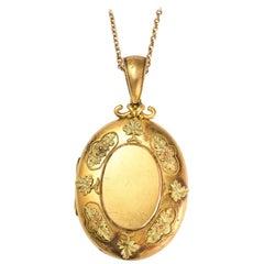 Victorian 18 Karat Gold Grape Leaf Locket