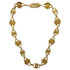 Victorian 18 Karat Yellow Gold Link Antique Necklace