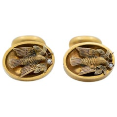 Victorian 18 Karat Gold and Natural Pearl Doves of Peace Cufflinks, circa 1880s