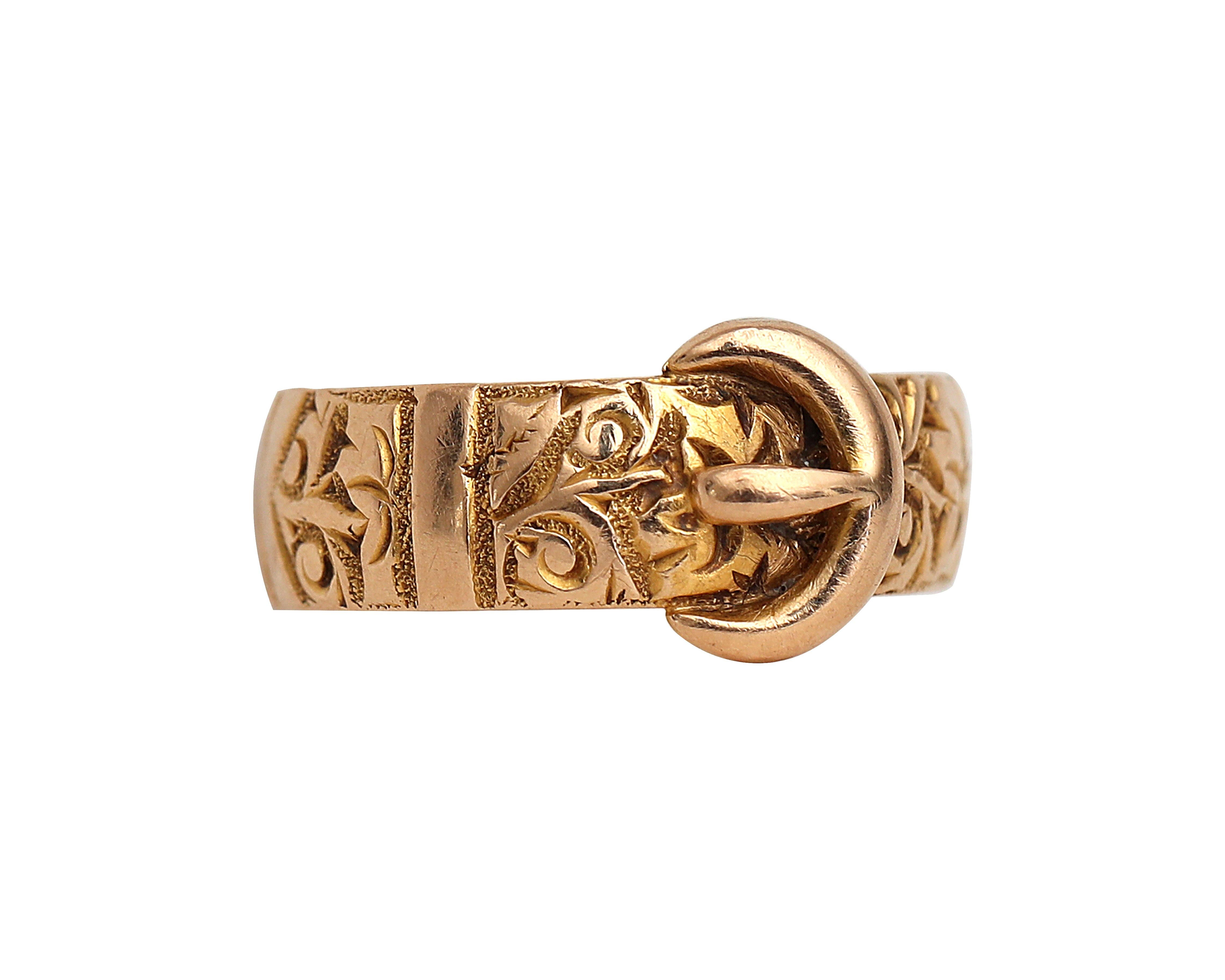 Victorian 18 Karat Yellow Gold Hand Etched Vintage Carved Belt Buckle Ring