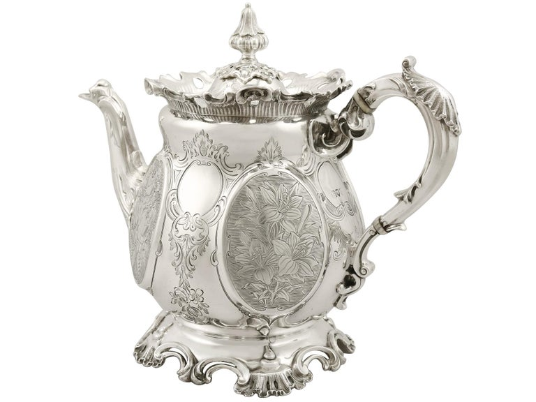 Late 19th Century Victorian 19th Century English Sterling Silver Teapot For Sale