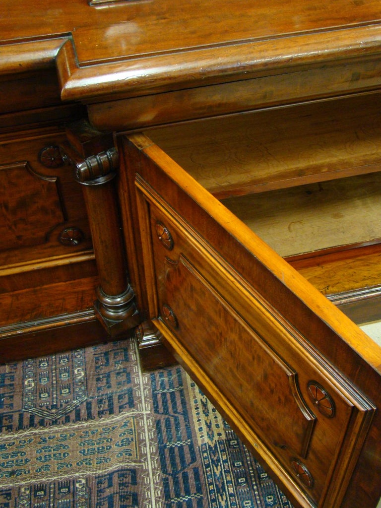 Victorian 2-Door Breakfront Mahogany Bookcase by Fras & Jas Smith, Glasgow For Sale 2