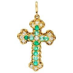 Victorian 2.67 Carat Emerald Diamond 18 Karat Gold Cross Pendant Brooch