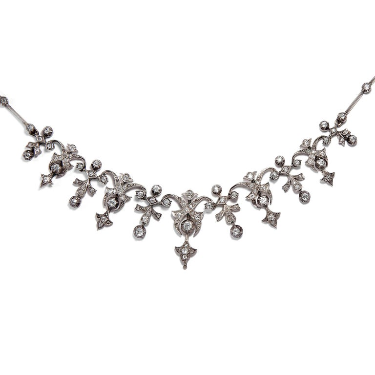Late Victorian Victorian 3.32 Carat Diamond and 14 Karat Gold Silver Necklace, circa 1880 For Sale