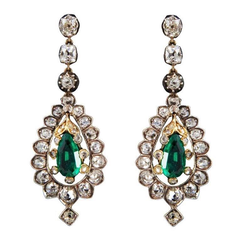 Victorian 4.44 Carat Diamond, 1.88 Carat Emerald, Gold & Silver Pendant Earrings