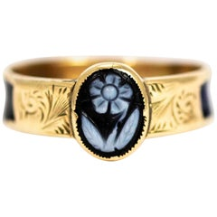 Victorian 9 Carat Gold Carved Sardonyx Forget Me Not Ring