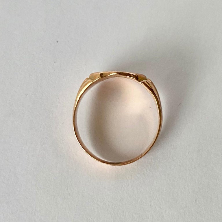 Women's Victorian 9 Carat Gold Signet Ring For Sale