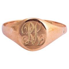 Victorian 9 Carat Gold Signet Ring