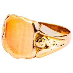 Victorian 9 Carat Gold Signet Ring