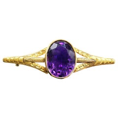 Victorian Amethyst 18 Karat Yellow Gold Brooch