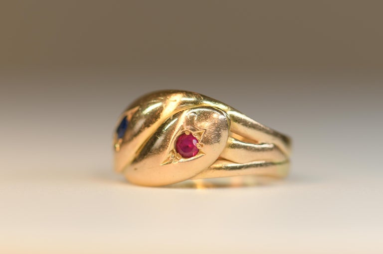 Victorian Antique 22 Karat Sapphire Ruby Double Snake Ring In Excellent Condition For Sale In Banbury, GB